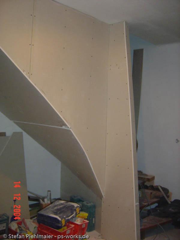 treppe von unten verkleiden geschichte von zu hause aus. Black Bedroom Furniture Sets. Home Design Ideas